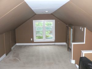 sault house attic bedroom before